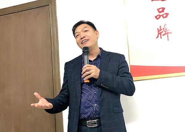 世纪娱乐总经理吴总