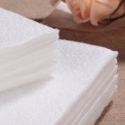 世纪娱乐鲜花吸水棉储水效果可达自重15倍